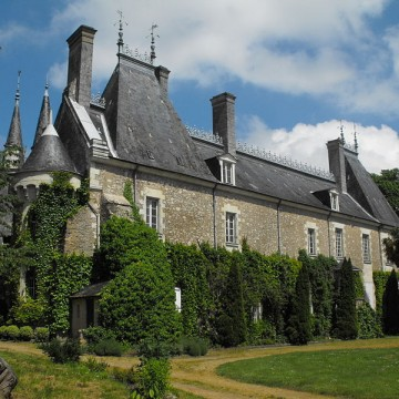 chateau de milly le meugon